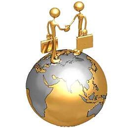 Модели бизнесменов, пожимающих руки на земном шаре