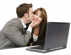 Личные отношения сотрудников на работе