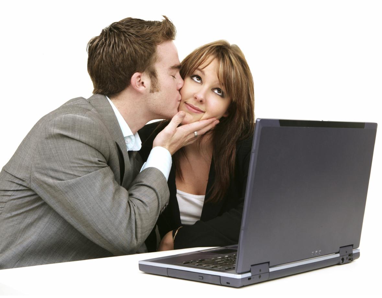 любовь в офисе фото была возбуждена
