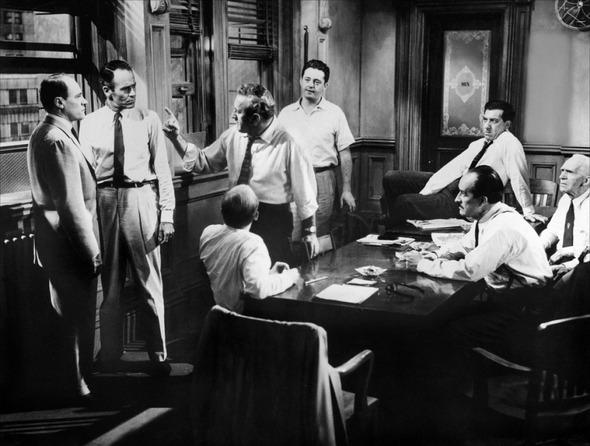 кадр из фильма 12 разгневанных мужчин