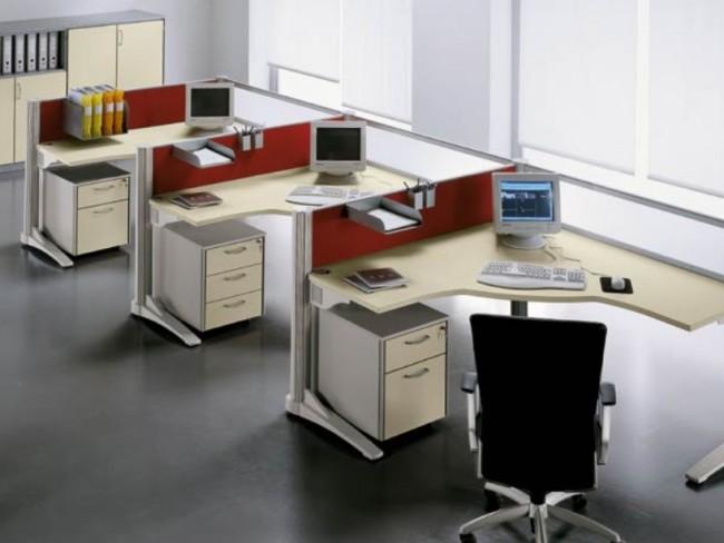 Рабочее место в офисе по всем правилам