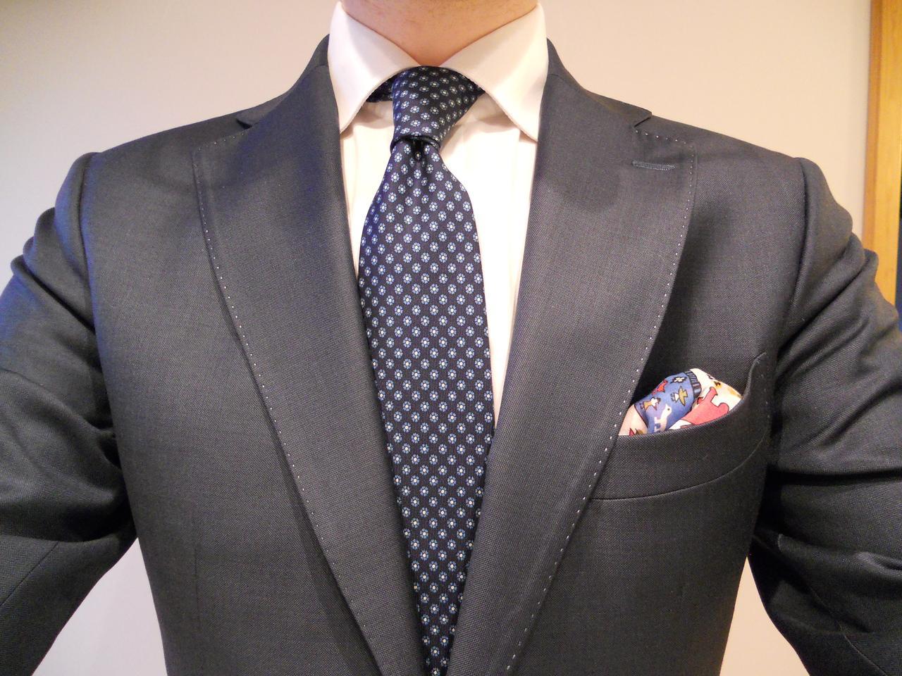 Как подобрать рубашку к костюму